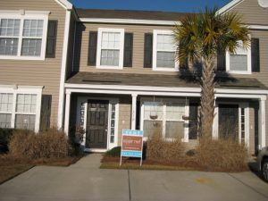 Location Location! Minutes to Mt. Pleasant/Daniel Island/Interstate! Pool, W/D, Dual Masters! Sorry, No Pets.